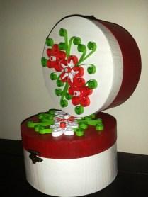 cutii decoratiuni cu rosu si alb handmade quilling for you (14)