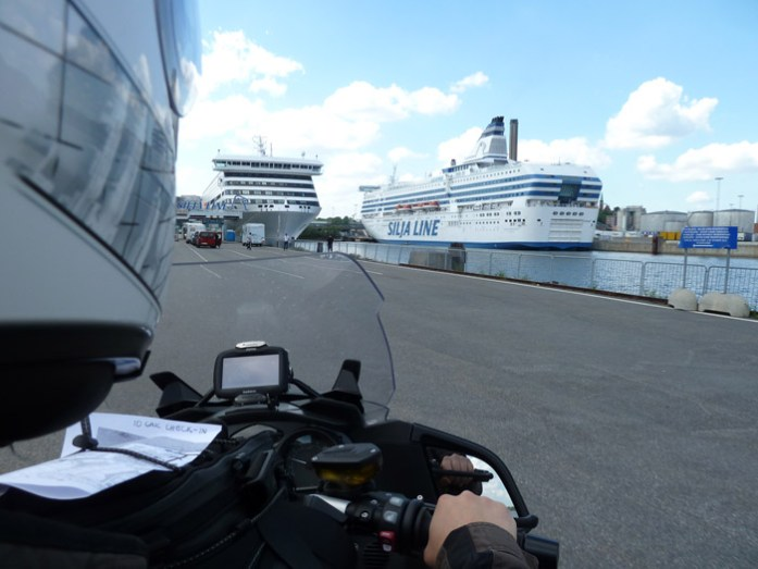 ferry Siljalines.