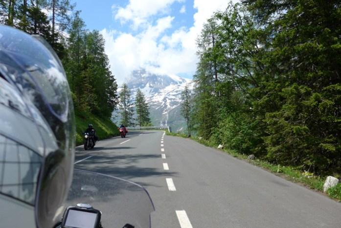 Grossglockner de mota pela austria