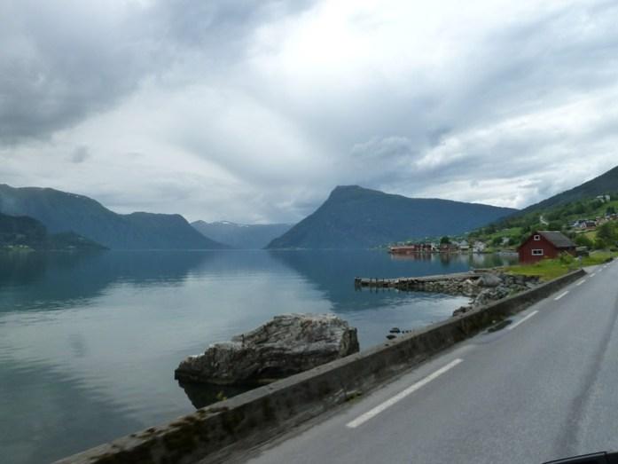 Sognefjorden de mota pela noruega