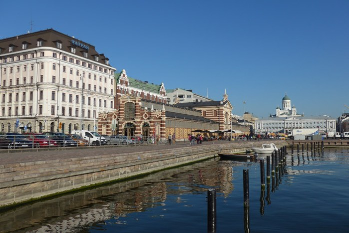 Helsínquia. Viagem de mota pela Finlândia