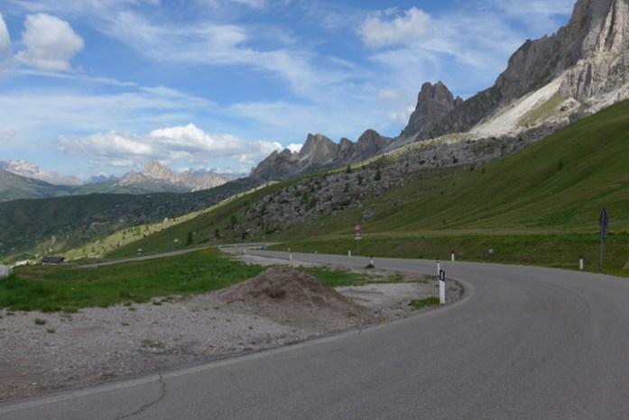 Viagem de mota nas Dolomites - Passo Giau