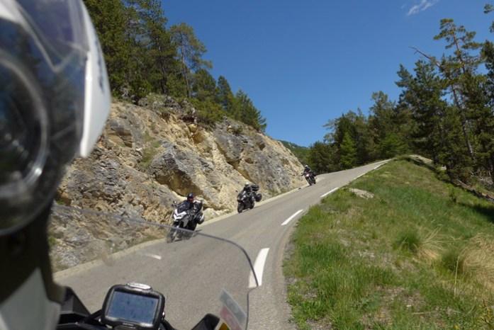 De mota nos Alpes Franceses em Col D'Izoard