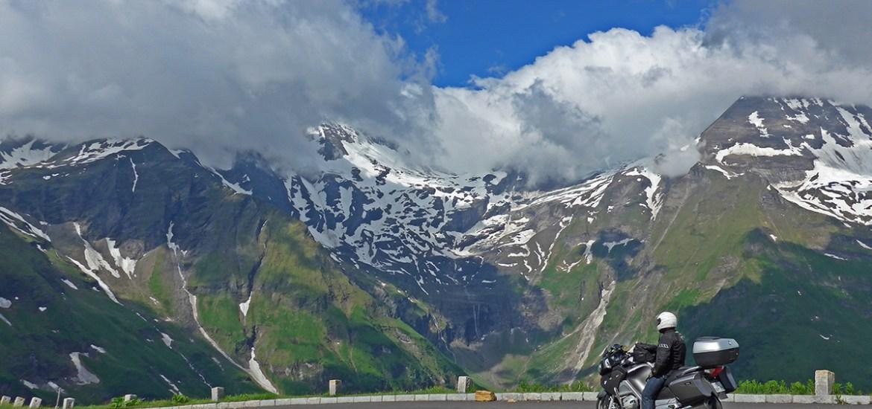 Viagem de mota na Áustria. Em Grossglockner.