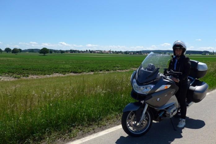 De mota pela Romantic Road na Alemanha.