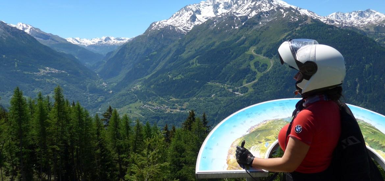 No Col du Petit Saint Bernard nos Alpes Franceses.