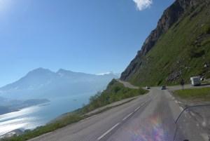 Estradas de Montanha nos Alpes. Col du Mont Cenis