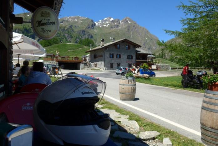 Col du Petit Saint Bernard nos Alpes Franceses