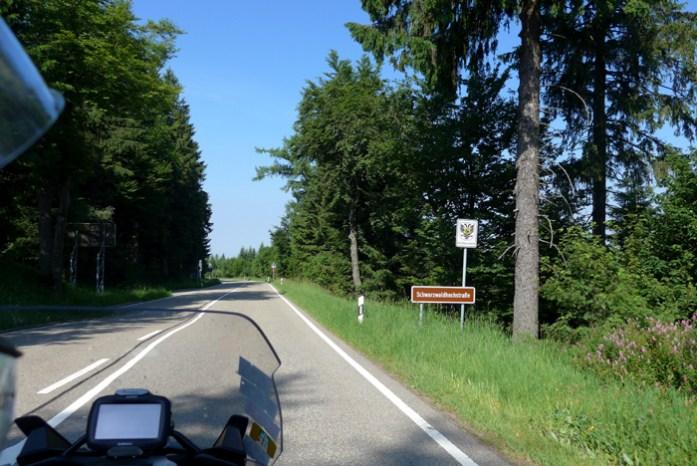 Rota panorâmica da Floresta Negra. O início da Schwarzwaldhochstraße.