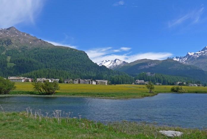 Viagem de mota aos Alpes Suíços.