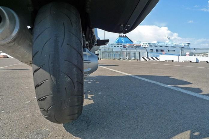 Imprevistos em viagem de mota. Desgaste excessivo do pneu.