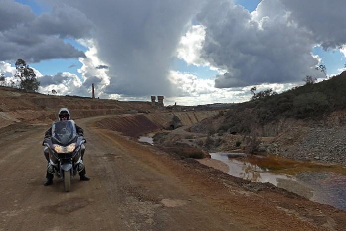 Ruínas do Complexo Industrial da Achada do Gamo.