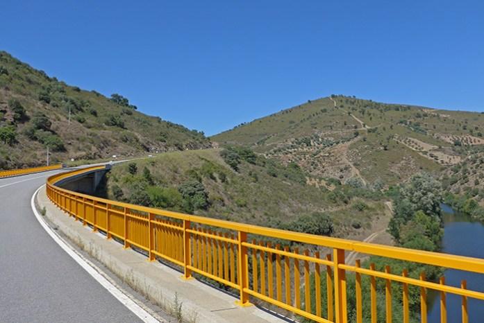 Parque Natural do Montesinho. A caminho de Bragança.