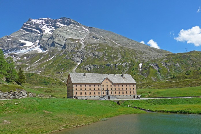 Abrigo dos Monges de Bernardine. Simplon Pass