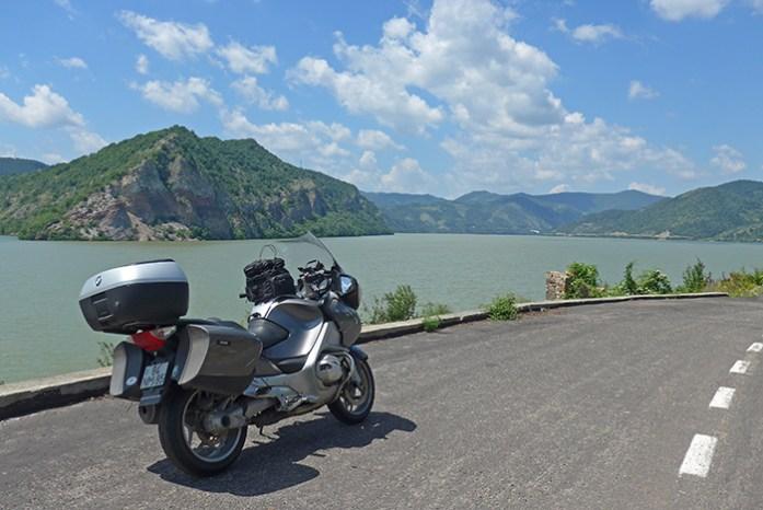 Estrada Panorâmica junto ao Danúbio. Dobreta Turnu - Moldova Noua, Roménia