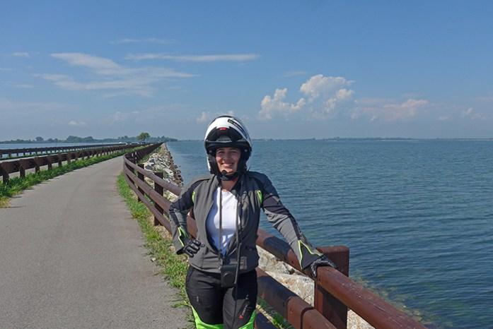 Estrada costeira Grado - Aquileia. Itália