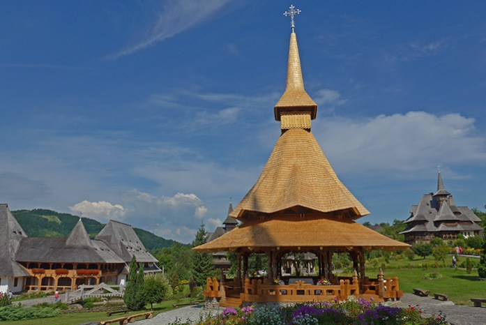 Igrejas de Madeira de Maramures. Património da UNESCO. Roménia