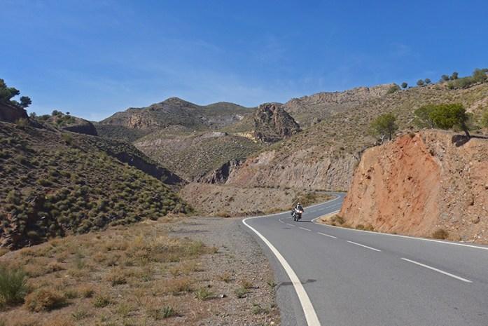 Viagem de mota pela Andaluzia: Em Canjayar, Santillana