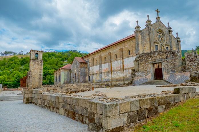 Vale Varosa: Mosteiro de São João de Tarouca