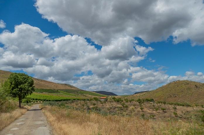 Percurso inicial para a estrada da Ribeira de Mosteiro