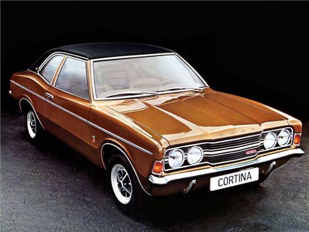 Ford~Cortina~Mk3~(1)