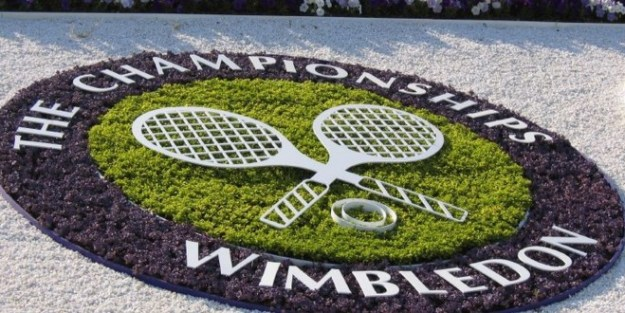 The-Ultimate-Guide-to-Getting-Wimbledon-Tickets-660x330