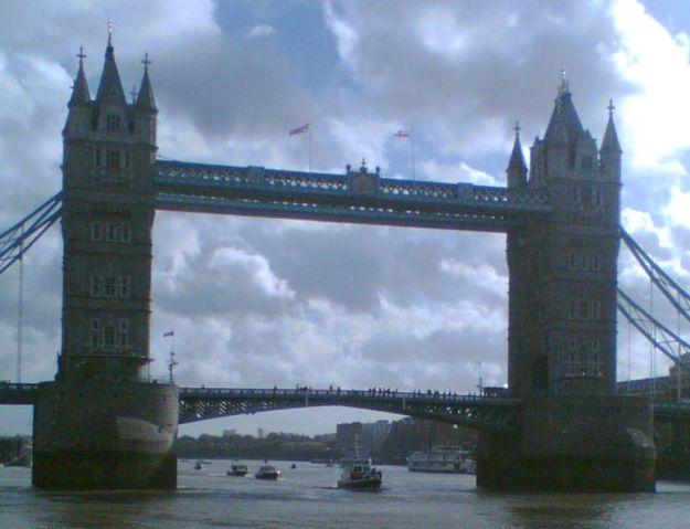 Tower Bridge - Royal Launch 251005