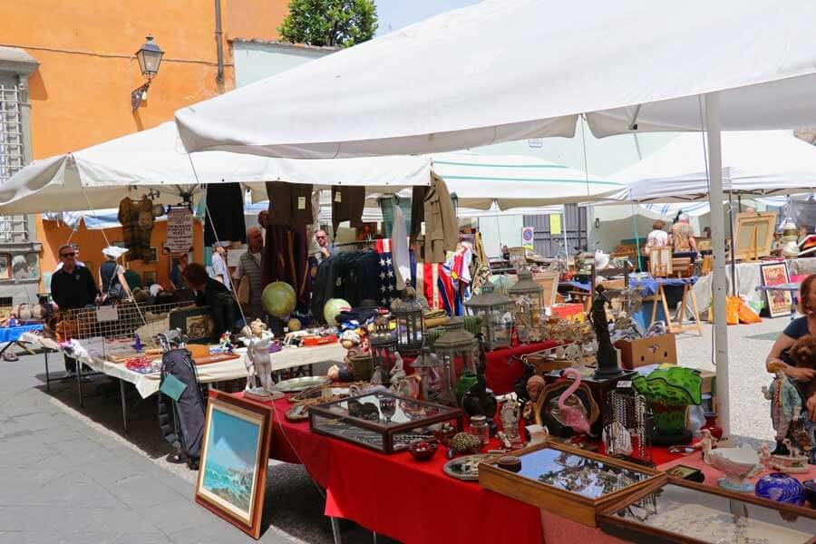 Rommelmarkt in Lucca