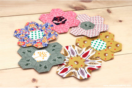 Tutorial: Hexie flower quilt blocks
