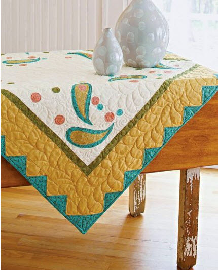 Paisley Table Topper All People Quilt