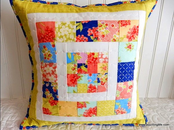 Tutorial: Scrappy patchwork pillow