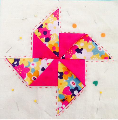 Origami Pinwheel mug rug tutorial