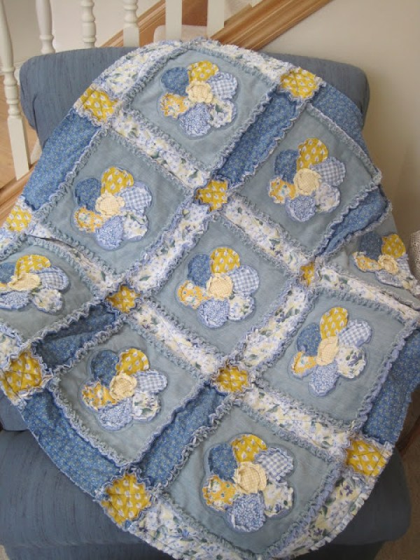 Log Cabin Blue Jean Quilt