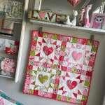 Mini Heart Wall Quilt - Free Pattern