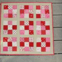 Easy Nine Patch Mini Quilt - Free Pattern