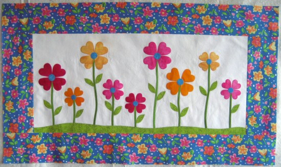 Love-ly-garden-applique