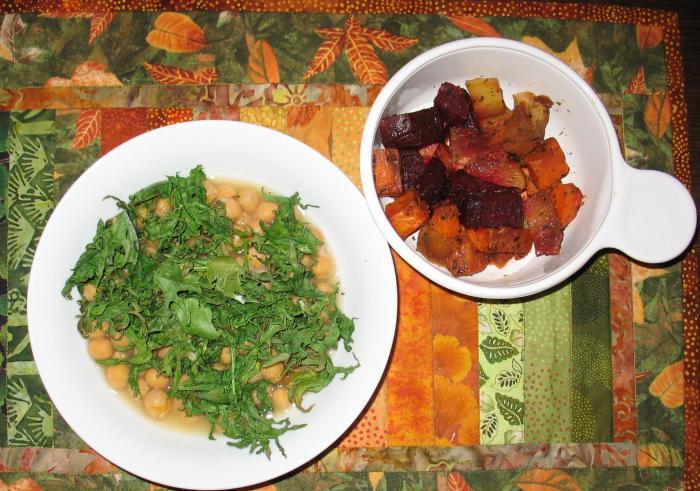 Katy Color Coordinates Her Meals
