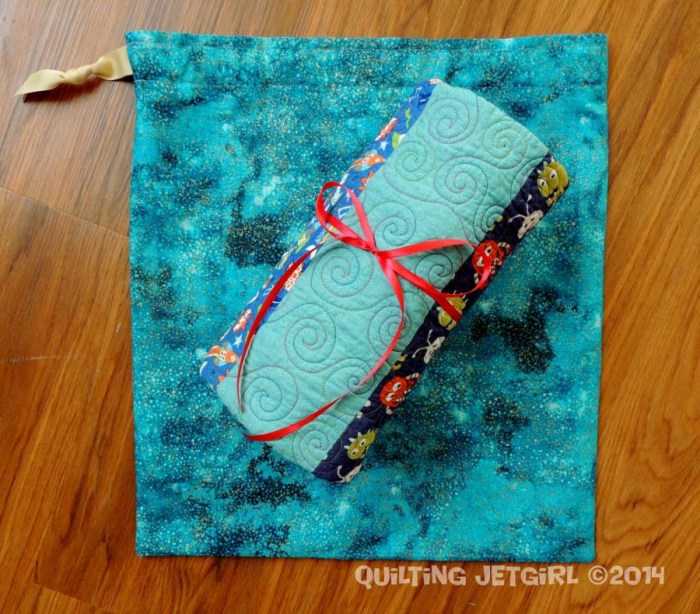 Super Cute Baby Boy Quilt {Gift Bag}