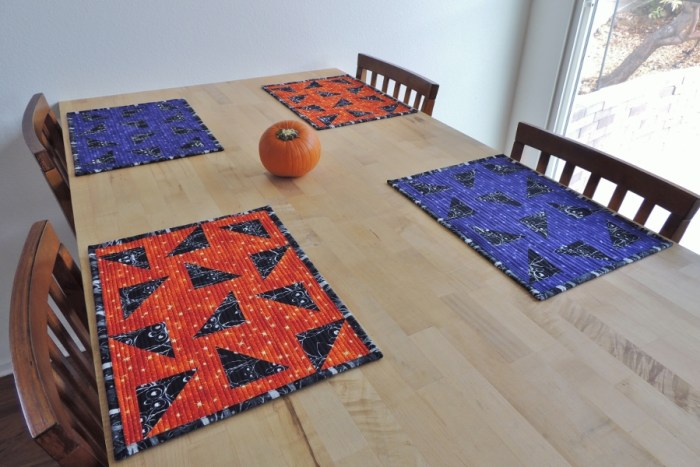 Nite Owl Halloween Placemats