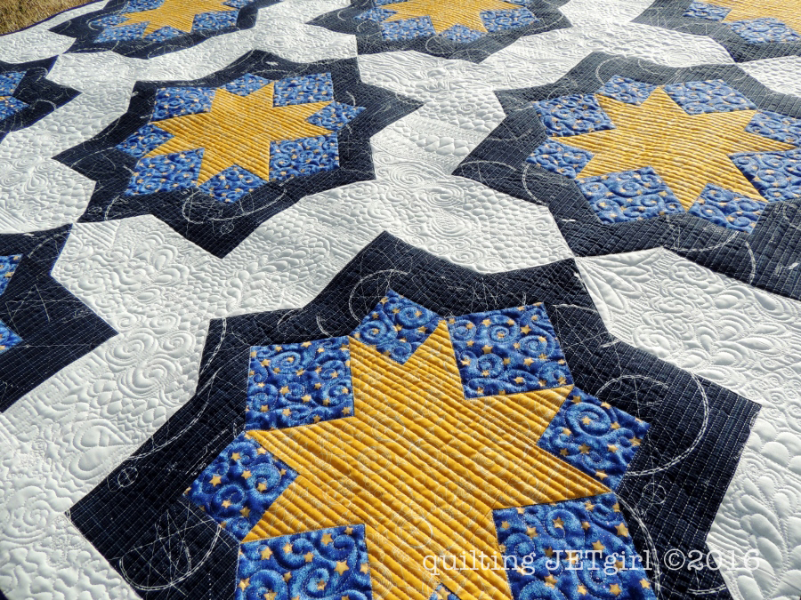 Midnight Mystery Quilt - Quilting Detail