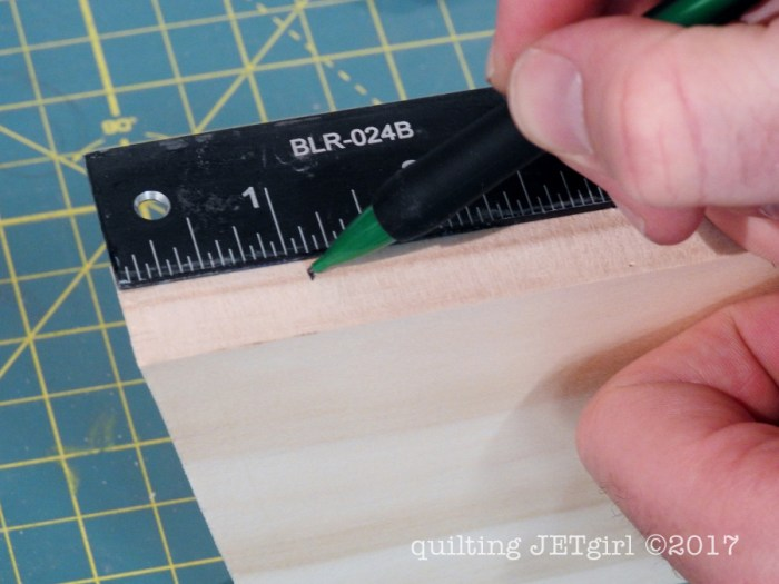 DIY Quilt Ladder - Step 9 - Attach Cross Members