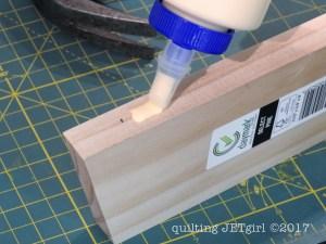 DIY Quilt Ladder - Step 9 - Attach Cross Members
