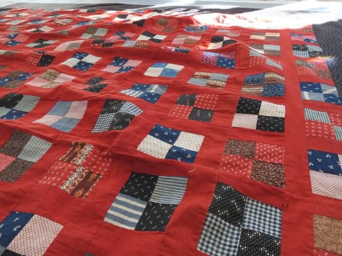 Vintage Quilt - Lots of Bulk