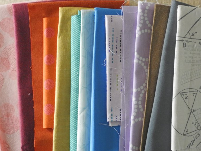 Remaining (unused) fabric in rainbow order