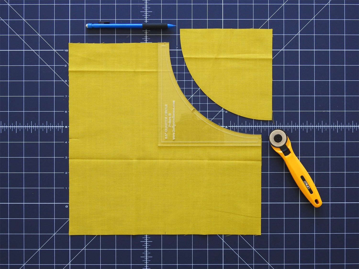 Cut First Curve in Star Fabric