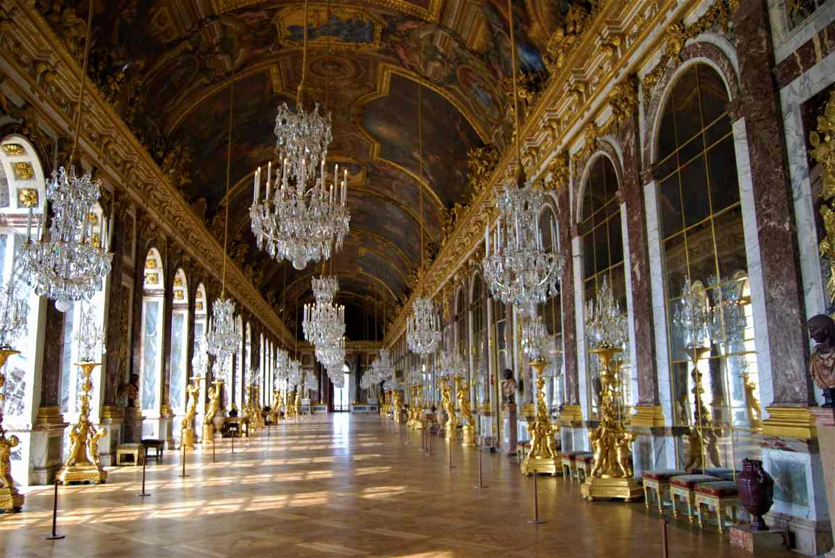 A Day in Versailles-A Golden Palace Designed to Impress
