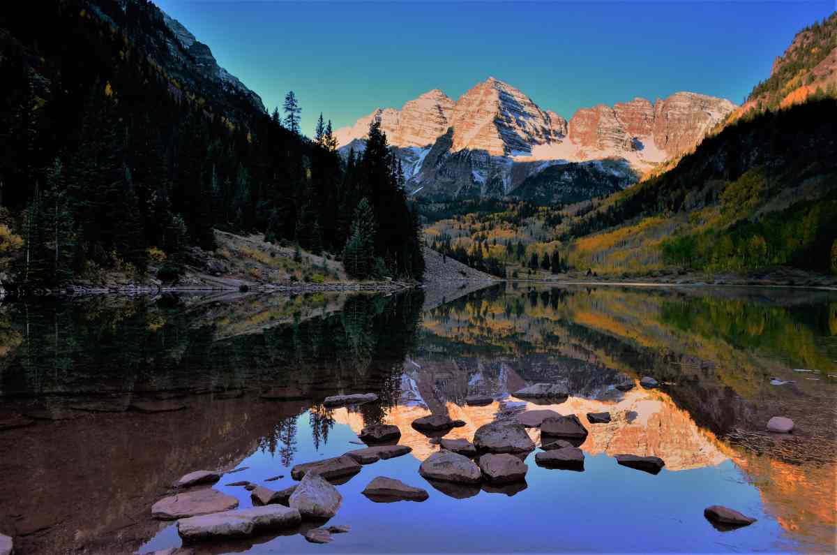 Maroon Bells reflection at sunrise