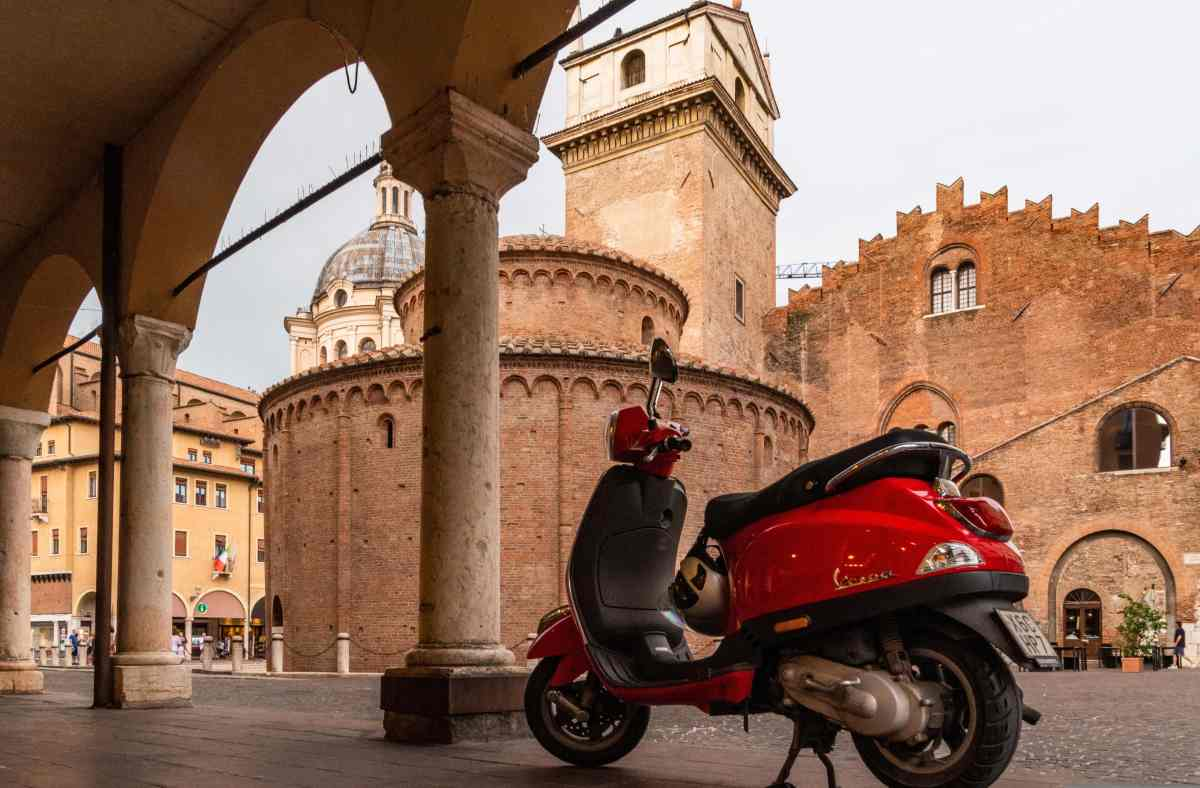 PhotoPOSTcard: The Red Vespa