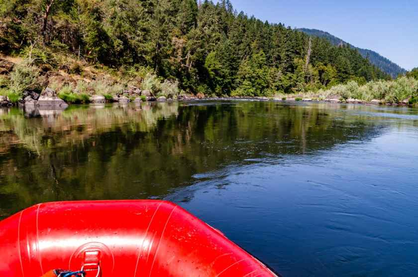 Rogue River rafting in solitude