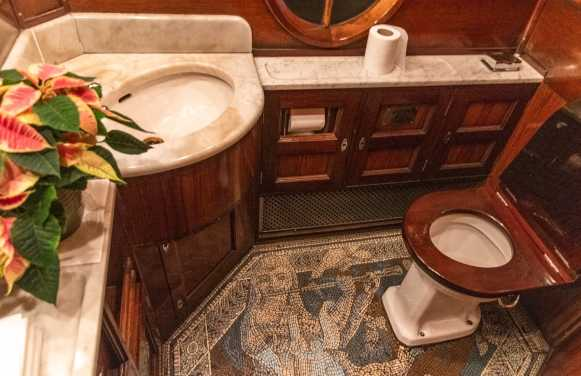 Dn't miss seeing the vintage bathrooms